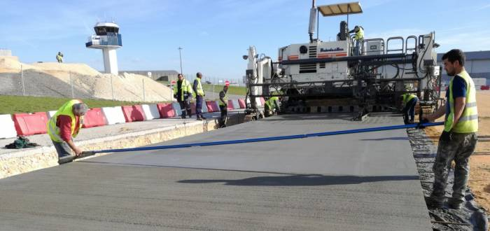 LISBON AIRPORT - REHABILITATION OF PLATFORM 70